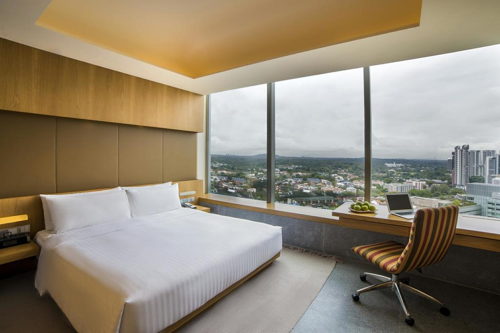 stopover in singapore: Room at Oasia Hotel in Singapore's business district. Photo by Oasia Hotel.