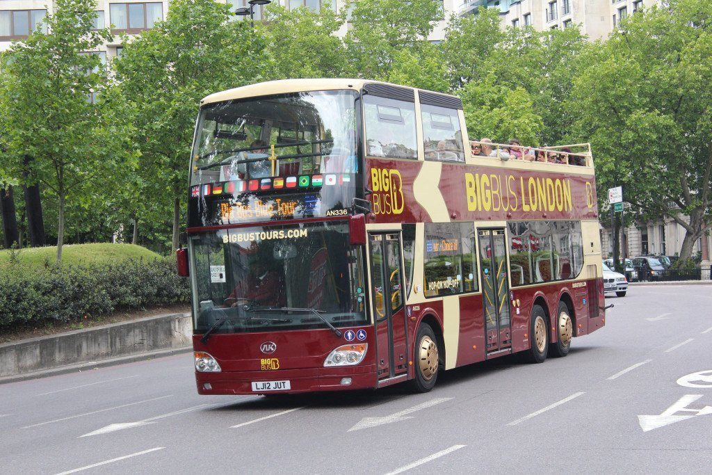 Big Bus Tour, London. Photo by James Prince via Flickr Creative Commons