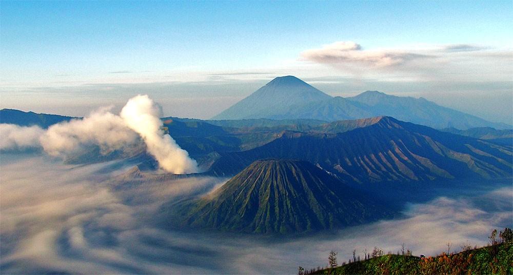 Mt Bromo, Java, Indonesia. Photo via Flickr Creative Commons by Riza Nugraha