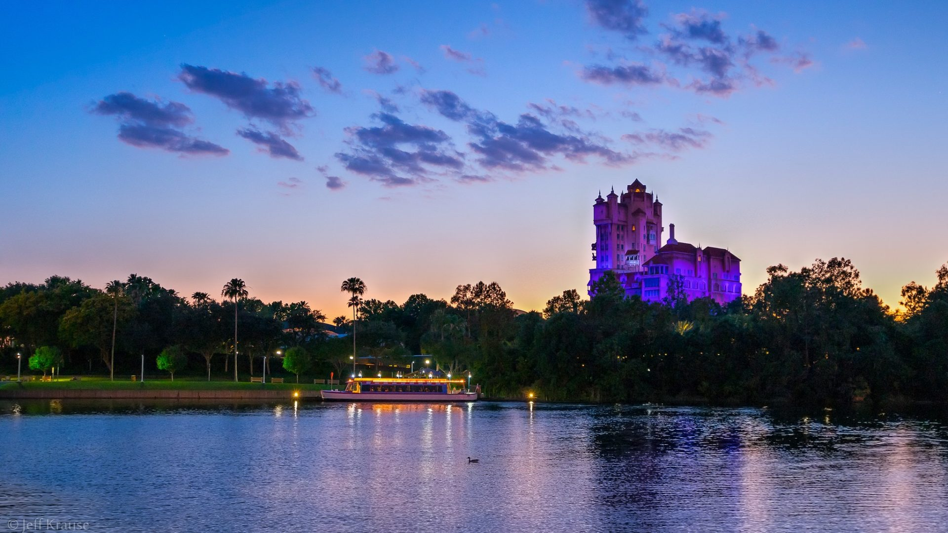 What to do in Orlando: Spring Sunset over Hollywood Studios. Photo by Jeff Krause via Flickr CC