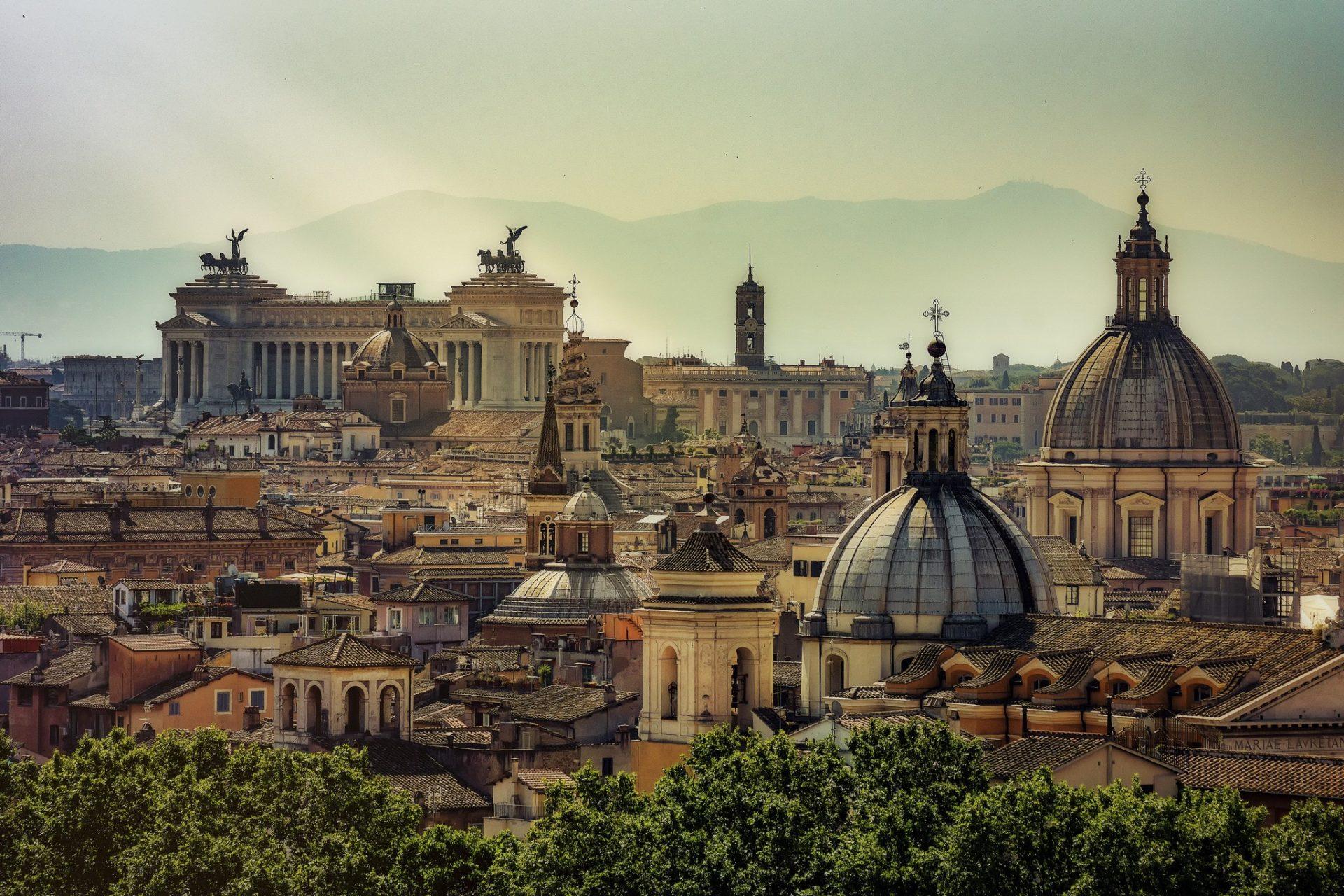 Europe Itinerary: Skyline of Rome