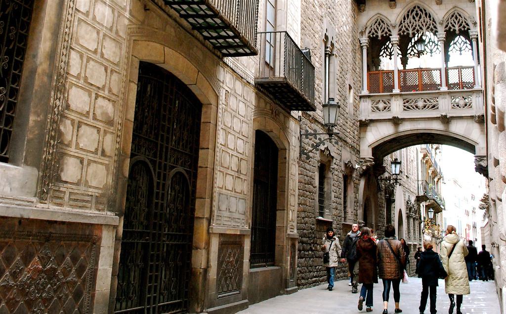 Barri Gòtic, Barcelona. Photo by Valerie Hinojosa via Flickr CC