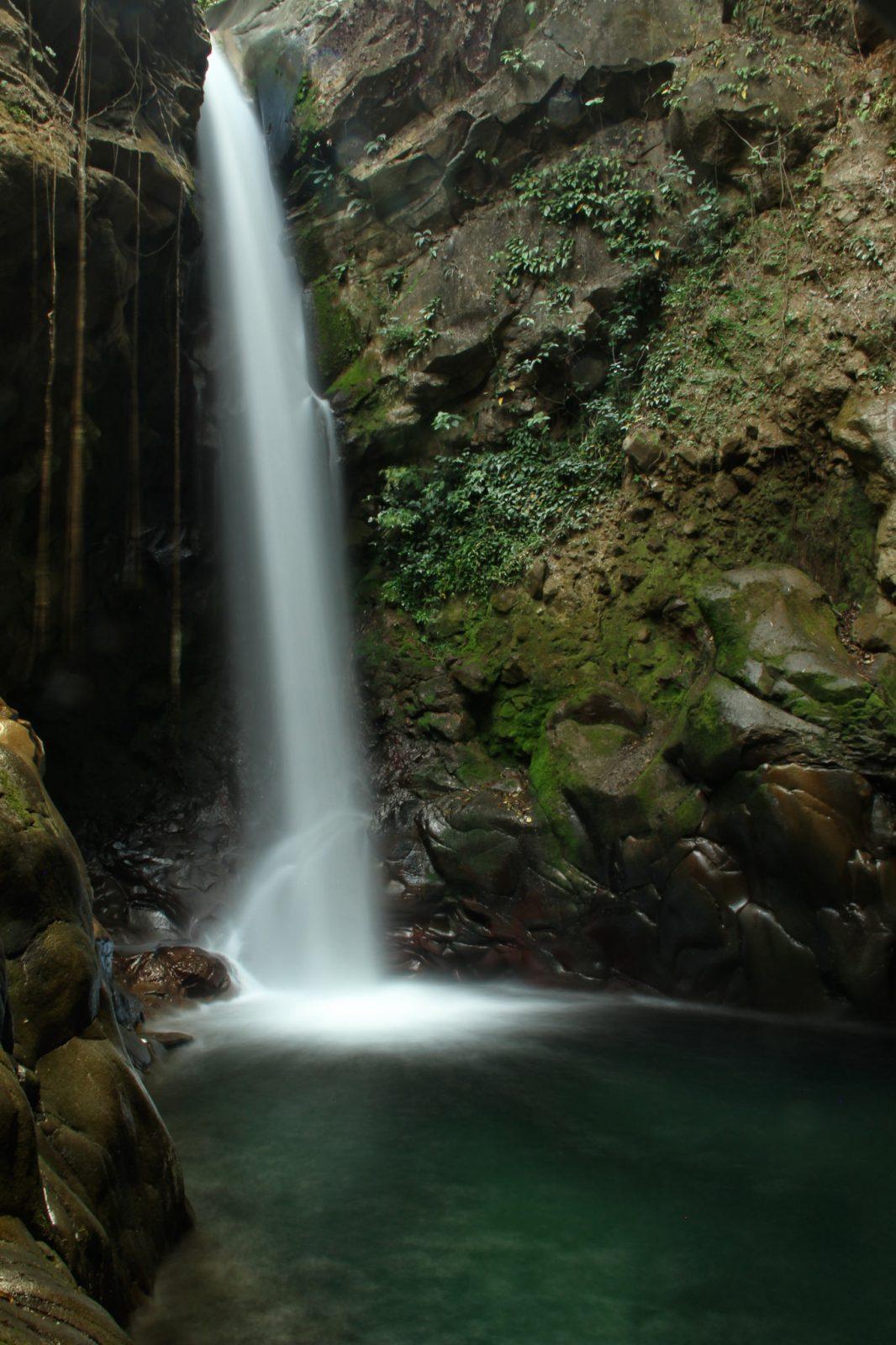Oropéndola Waterfall in Rincon de la Vieja, Costa Rica