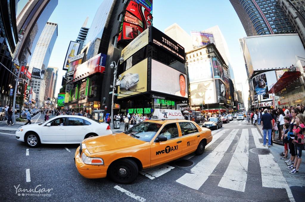 Traffic in Manhattan. Photo by Yann Gar via Flickr CC