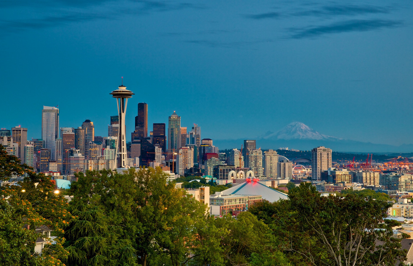 Best US Cities: Seattle City Guide. Cover Photo. Photo by Don Sullivan via Flickr CC