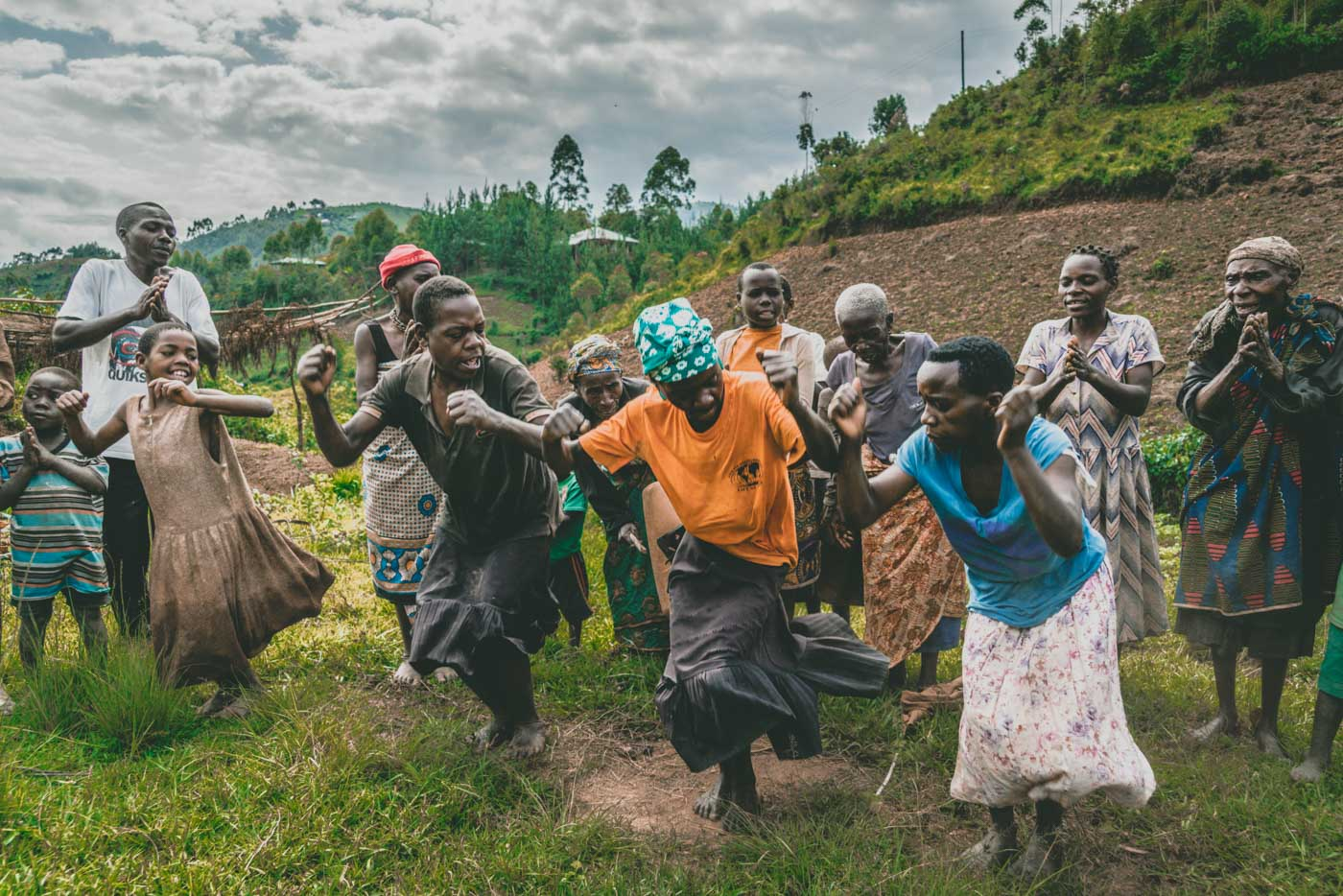Batwa tribe on the outskirts of Bwindi National Park, Uganda