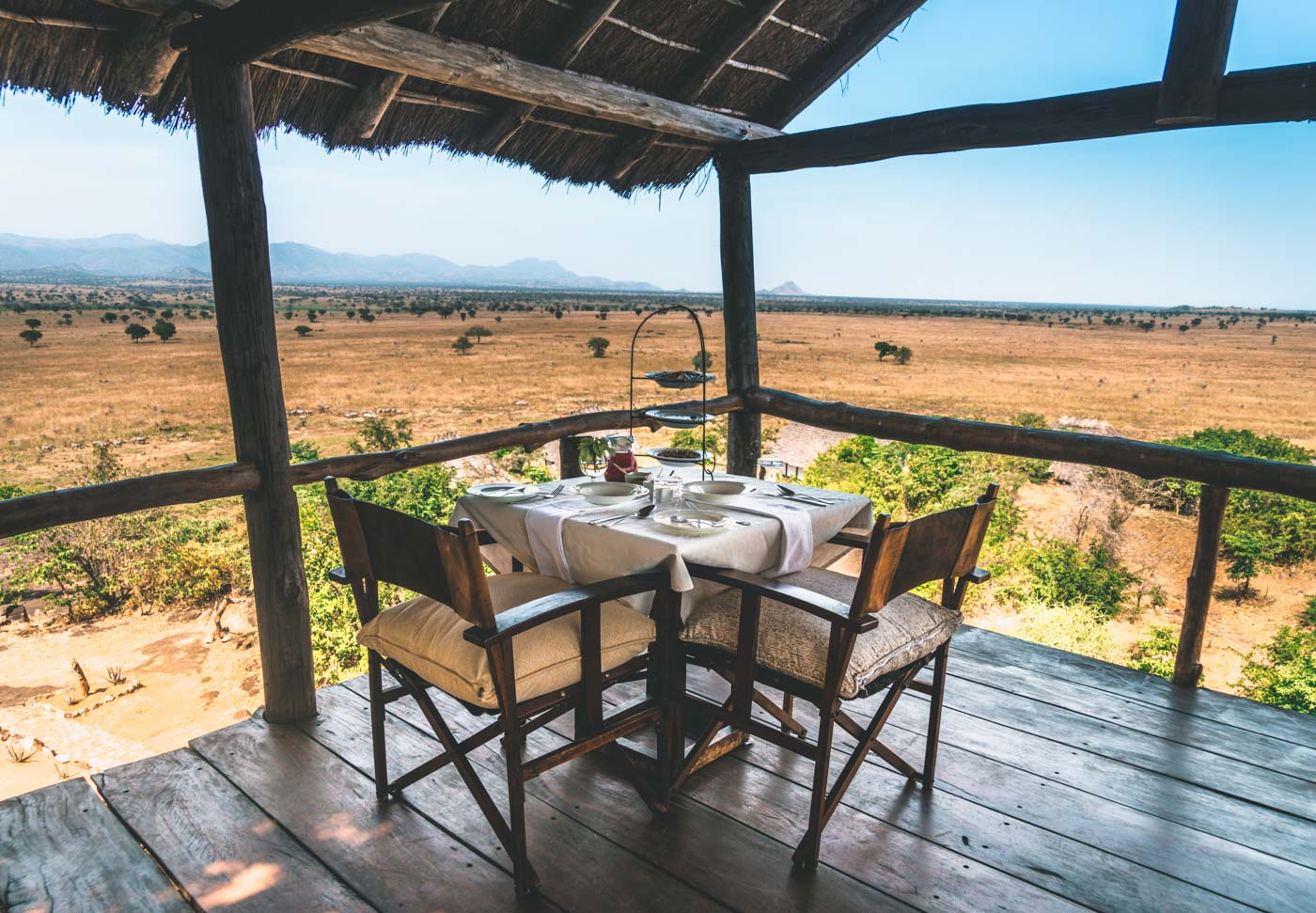 Breakfast at the watch tower at Apoka Safari Lodge