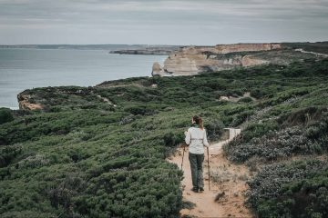 Hiking the Great Ocean Road on the Twelve Apostles Lodge Walk