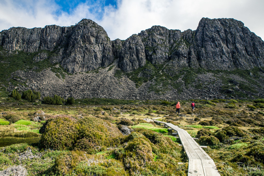 best places to visit in tasmania: The Walls of Jerusalem mountain range looked striking under the blue skies!