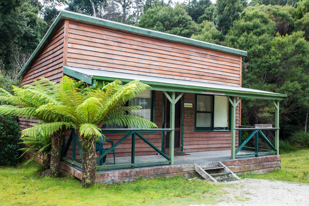Converted historic miners cabins. Perfect for your stay in Corinna