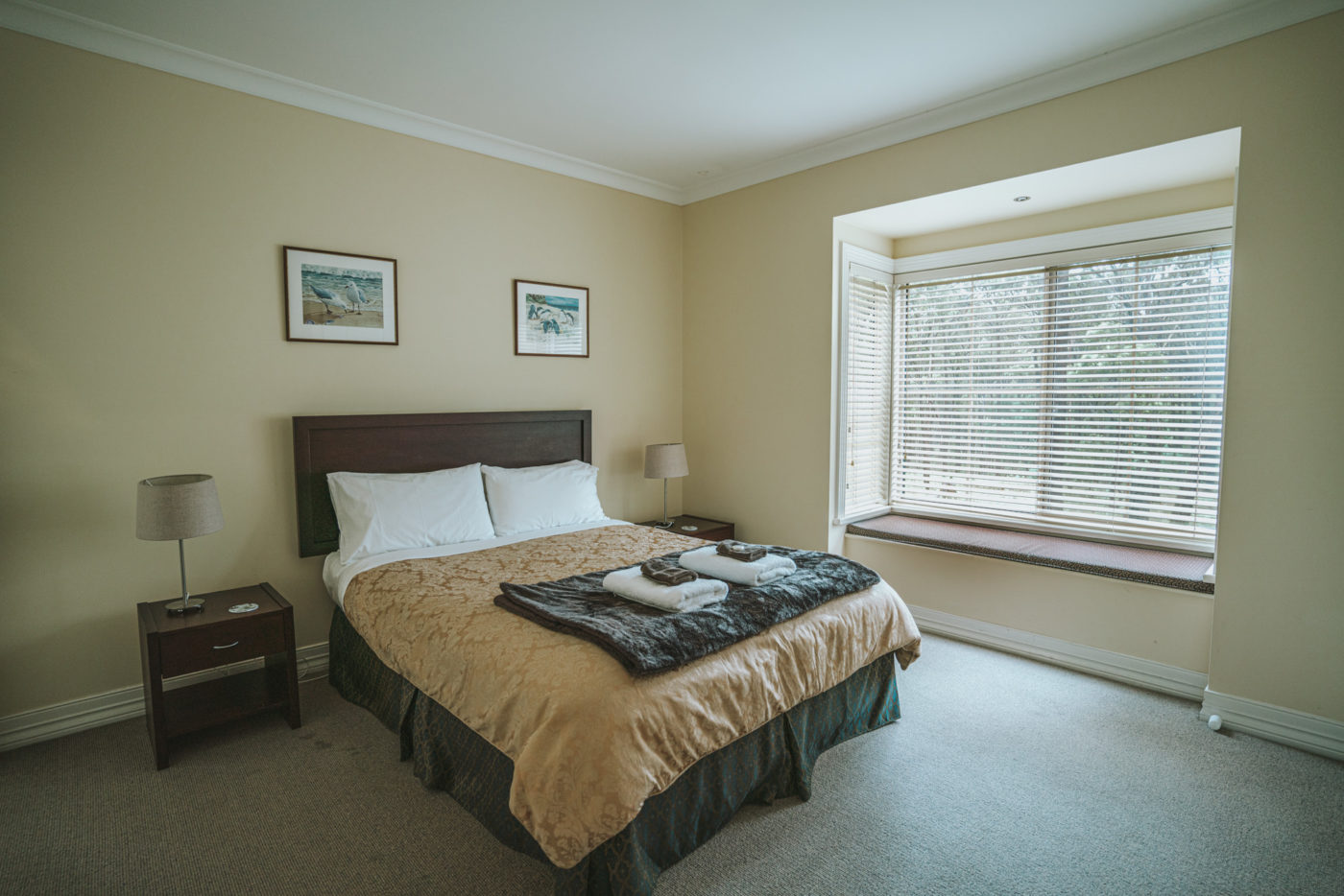 Bedroom at the Waverley House Cottages in Lakes Entrances, Victoria