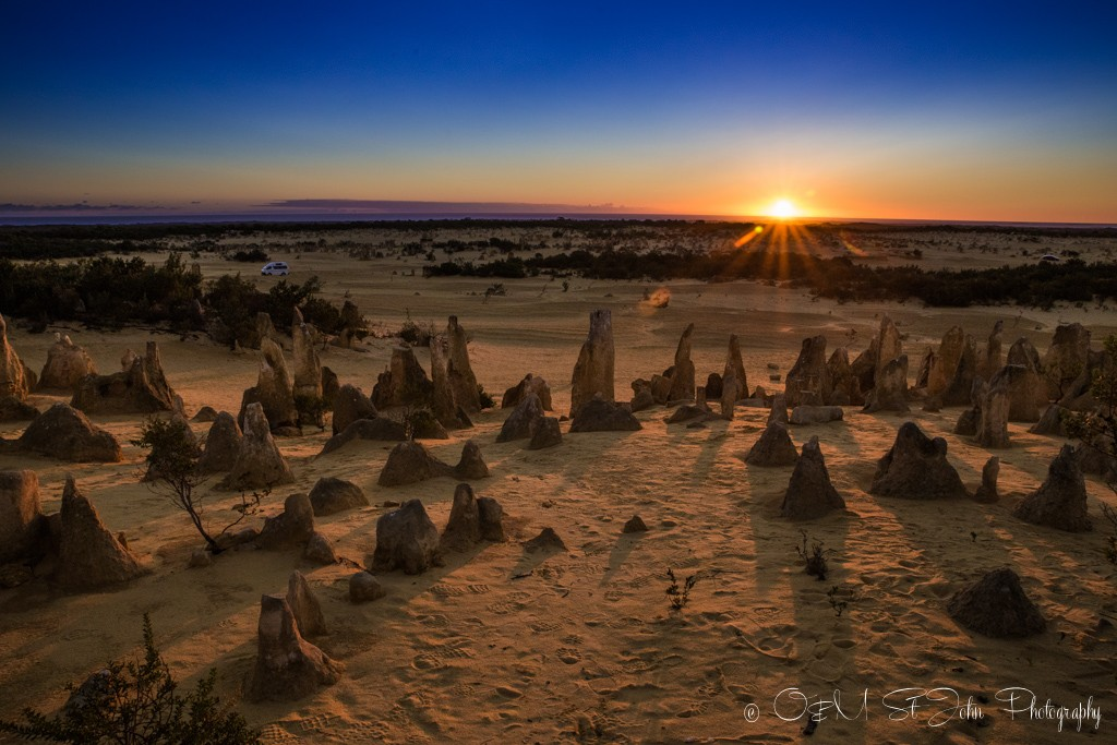 Western Australia itinerary: Sunset over the Pinnacles Desert in Cervantes, Western Australia