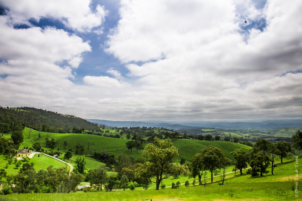 Yarra Valley, view from Sugarloaf Reservoir Picnic Area