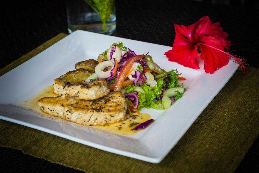 A delicious meal at Villa Deevena. Photo via Villa Deevena