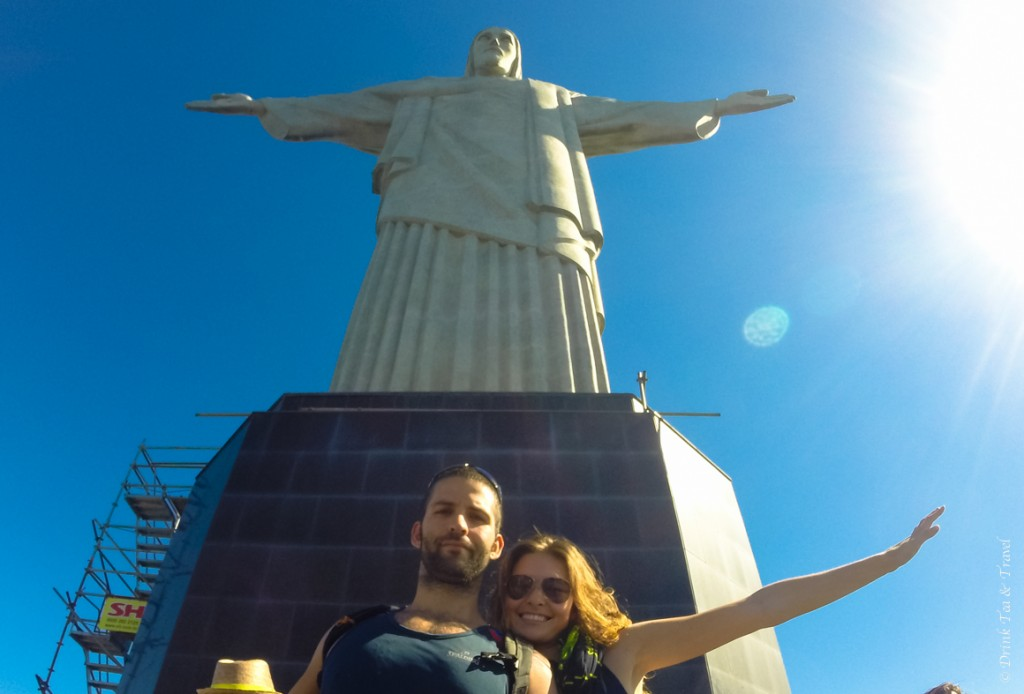 hike christ the redeemer: The classic tourist shot with Christ the Redeemer