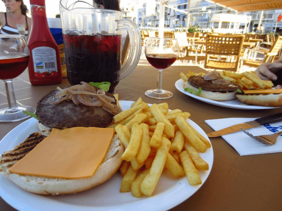 What to do in Valletta: Burger