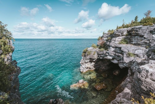 Visiting Bruce Peninsula National Park & the Grotto in Tobermory, Ontario