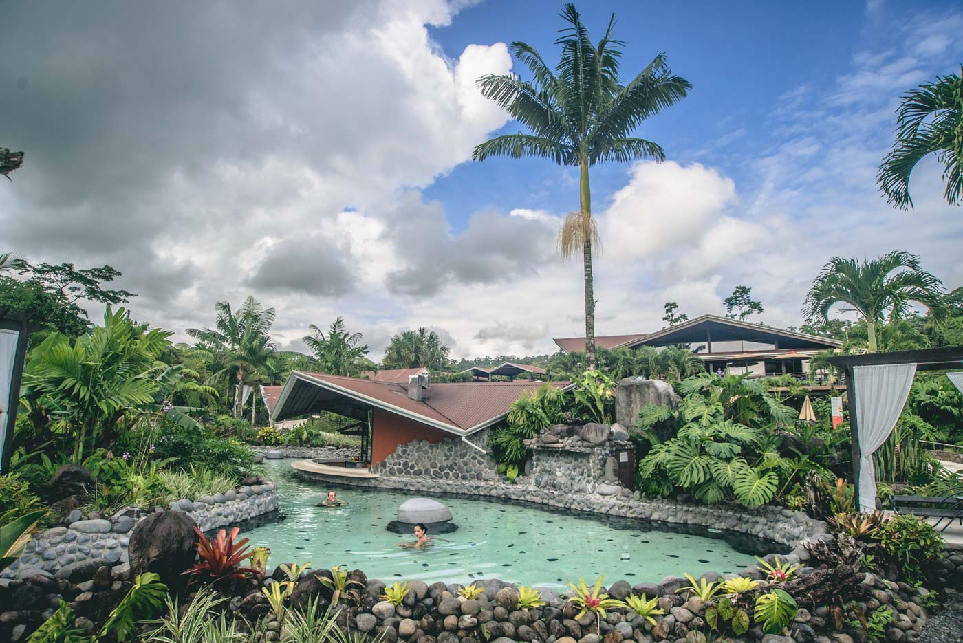 Where to stay in Arenal: Arenal Springs Hotel