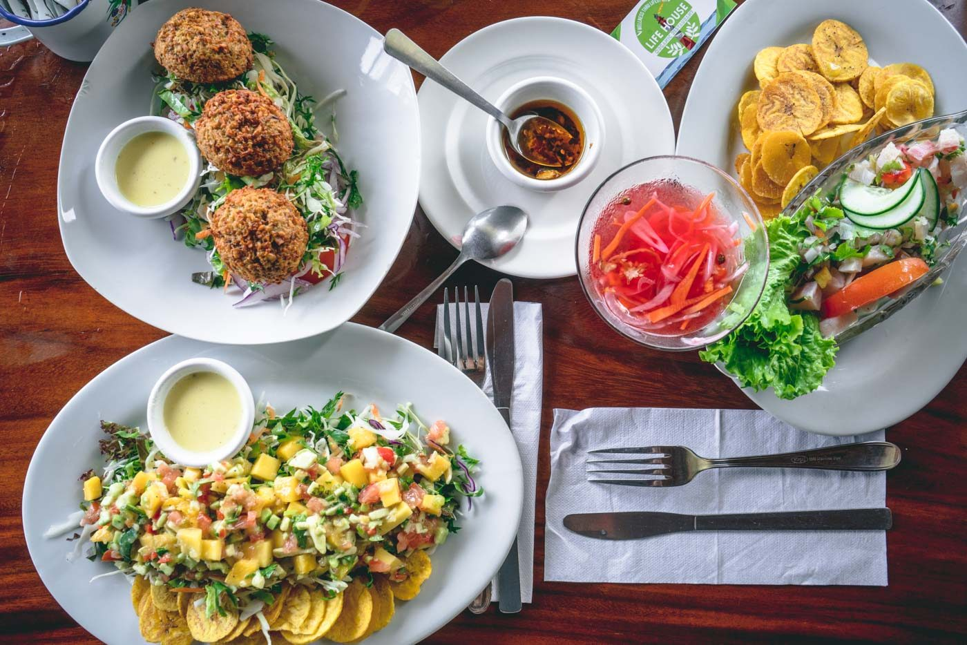 What to do in Byron Bay: over the table shot of food