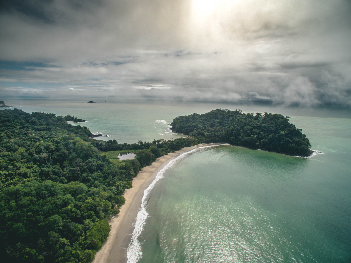 Eco Hotels in Manuel Antonio: Manuel Antonio National Park: Visit in the morning