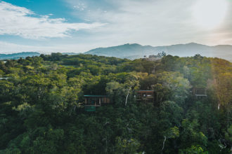 Moving to Costa Rica: Essential Facts and Tips from Locals & Expats