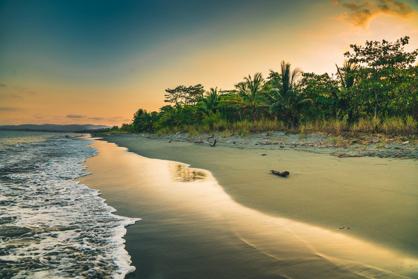 Puerto Jimenez Costa Rica: Playa at sunset, Puerto Jimenez. Osa Peninsula