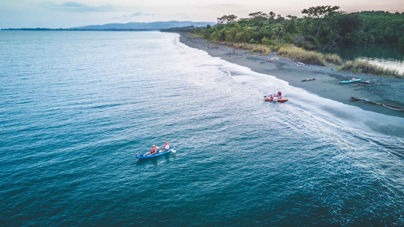 Ocean kayaking in Osa Penninsula