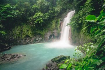 8 Best Waterfalls in Costa Rica