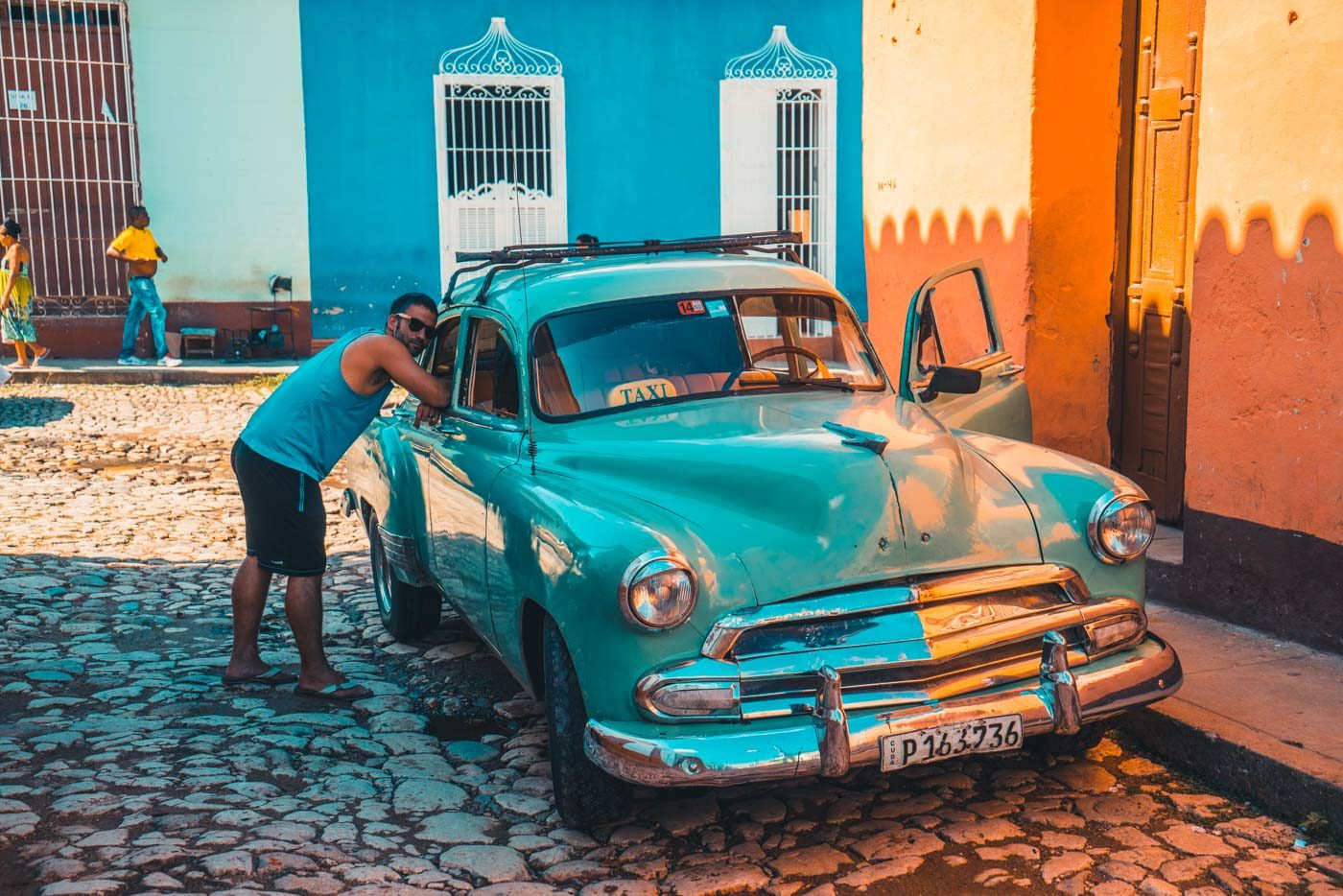 Cuba Itinerary: Collectivos, and taxis are sometimes old classic cars, interesting facts about cuba
