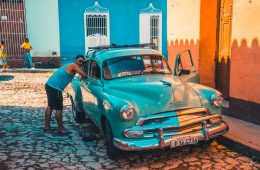 Cuba Itinerary: Collectivos, and taxis are sometimes old classic cars