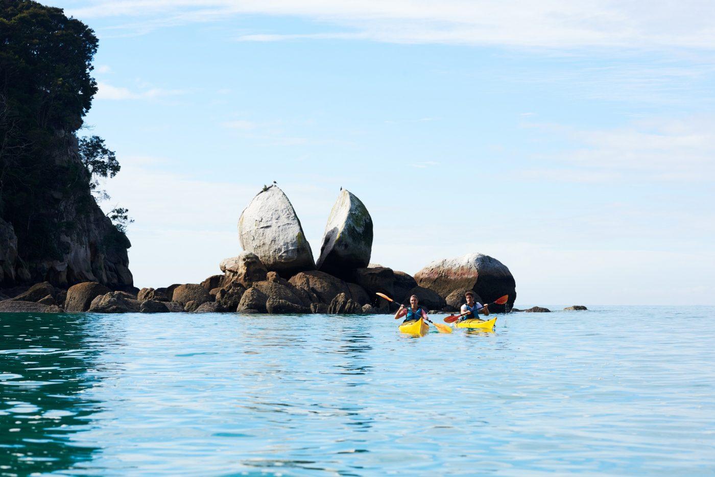 Split Apple Rock, Nelson Tasman.