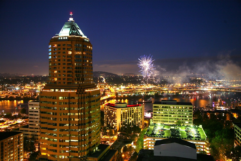 Things to do in Portland Oregon: Fireworks over Portland