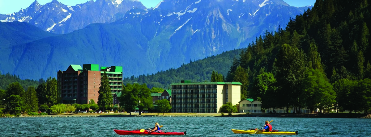 luxury resorts in british columbia: Harrison Hot Springs Resort: kayaking on the lake