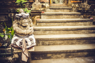 Cultural Close-Up: Why Statues in Bali are Drapped in Checkered Sarongs