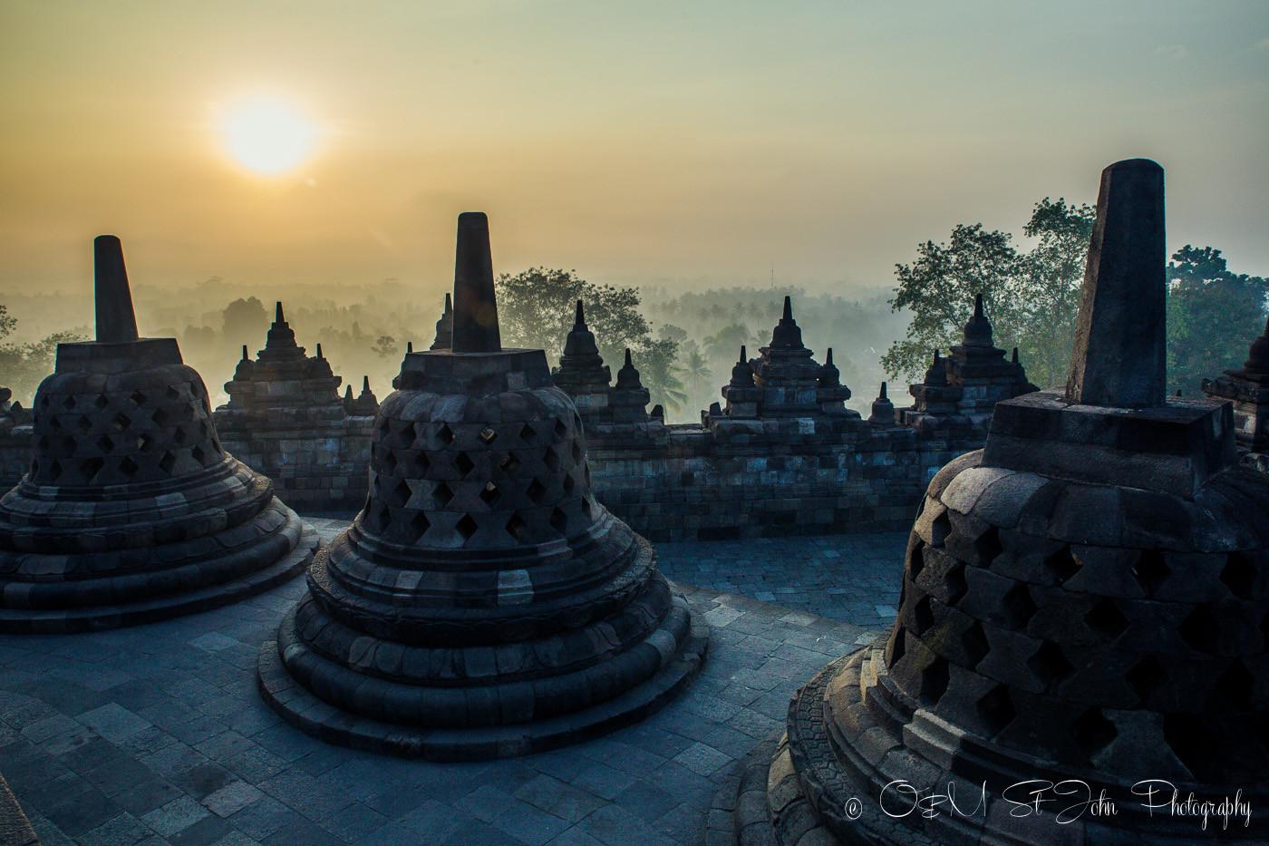 Yogyakarta Borobudur tour at sunrise