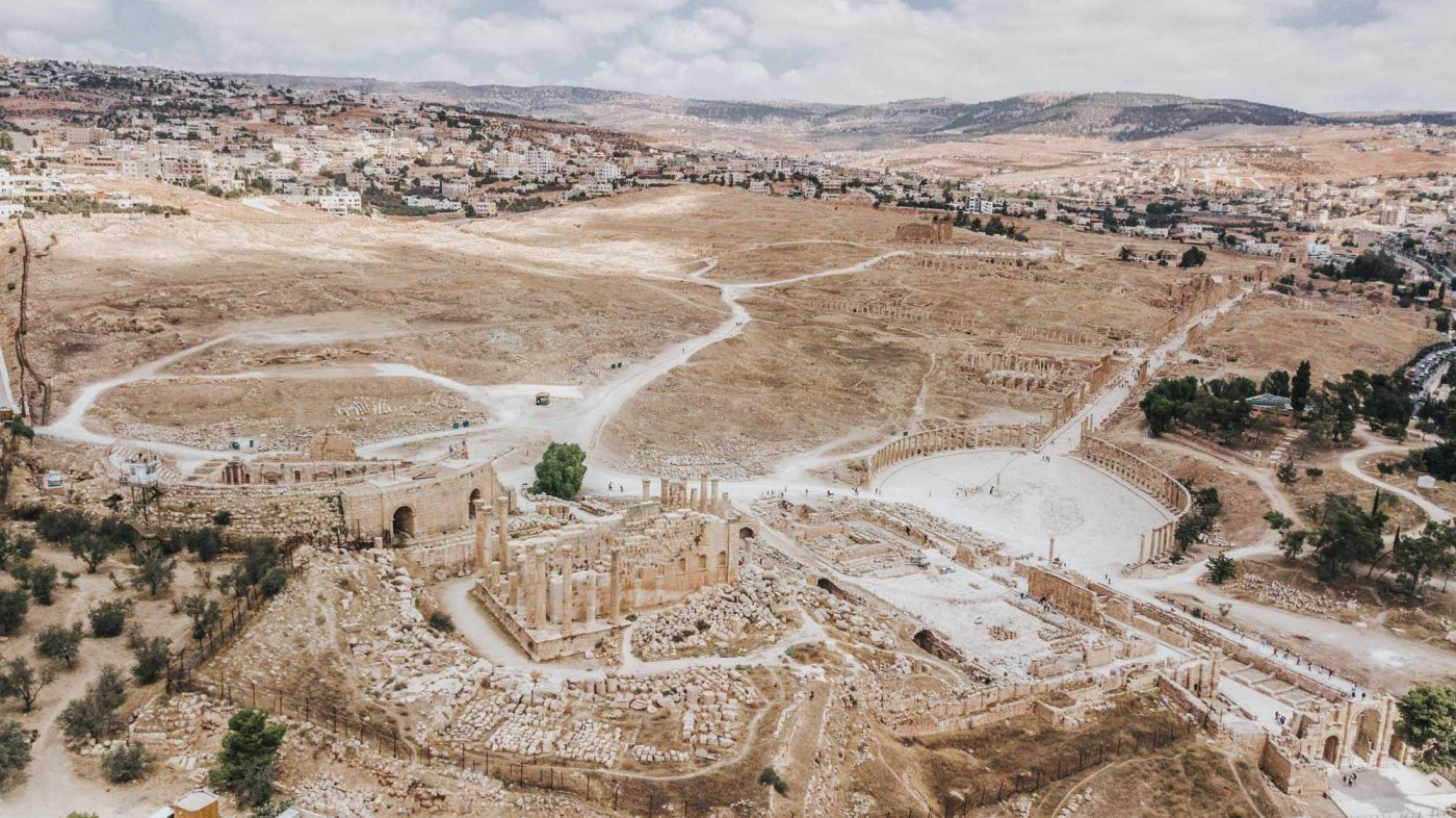 Jordan tour: Ruins of the ancient city of Jerash, Jordan