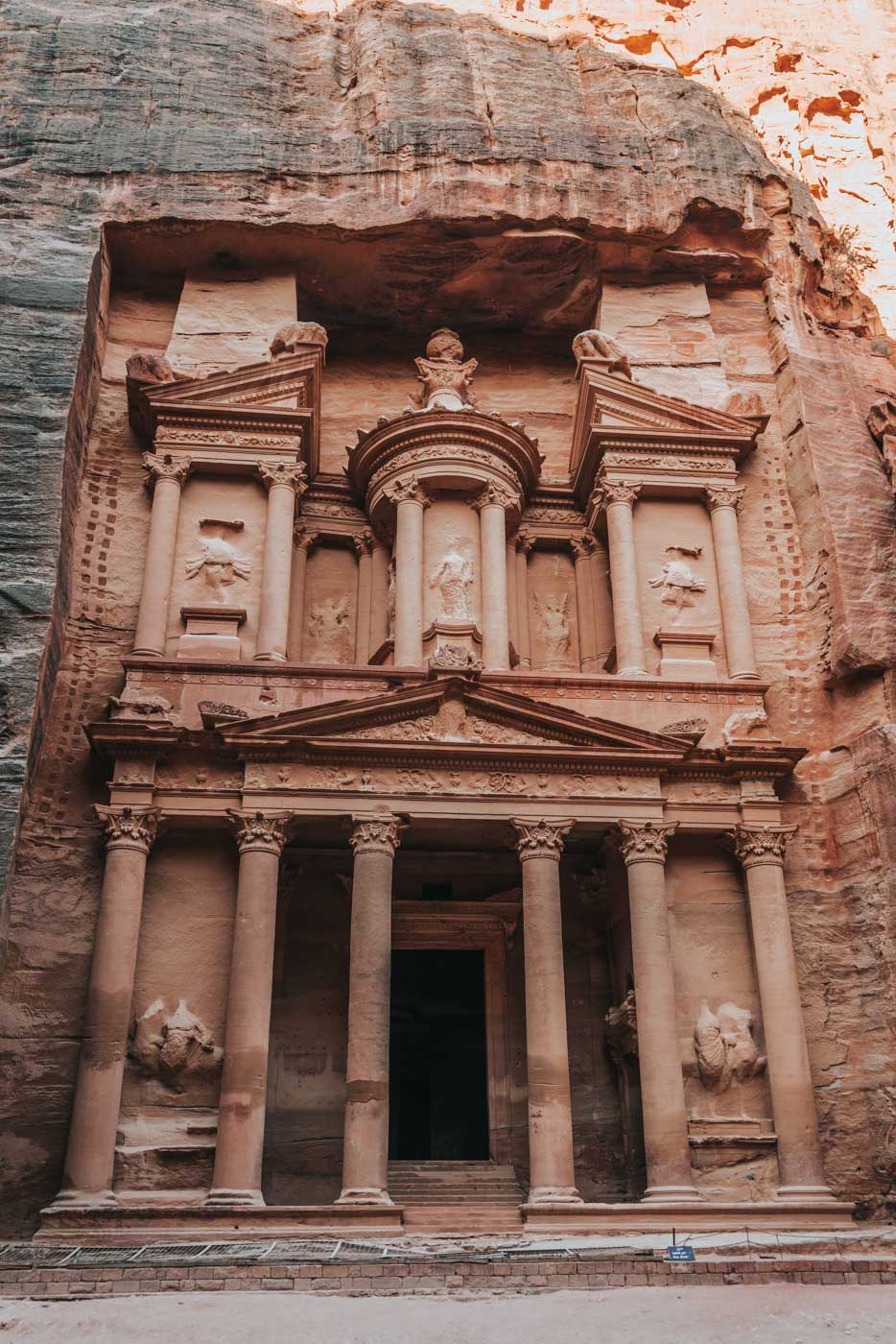 Jordan tourist attraction: Petra