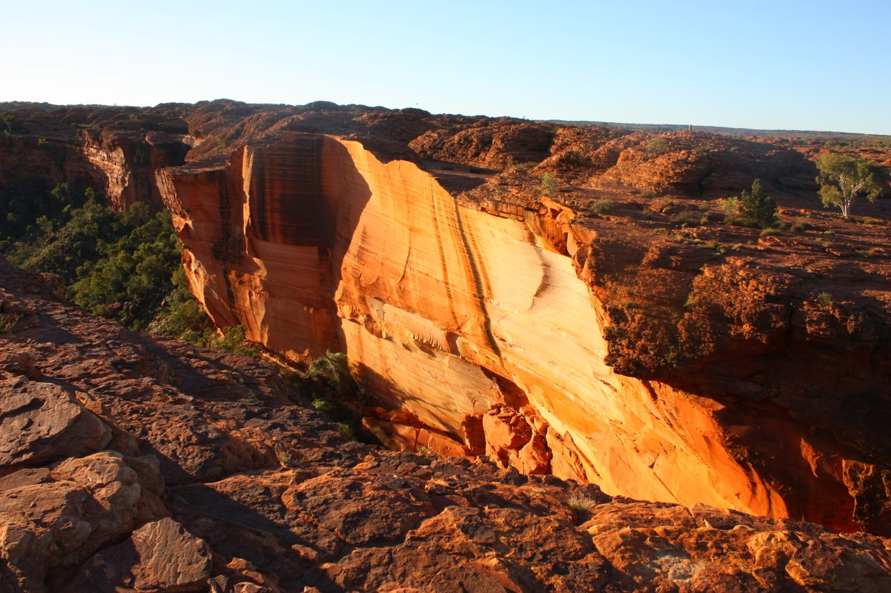 Kings Canyon, Watarrka National Park by Claudio Jofré Larenas via Flickr CC
