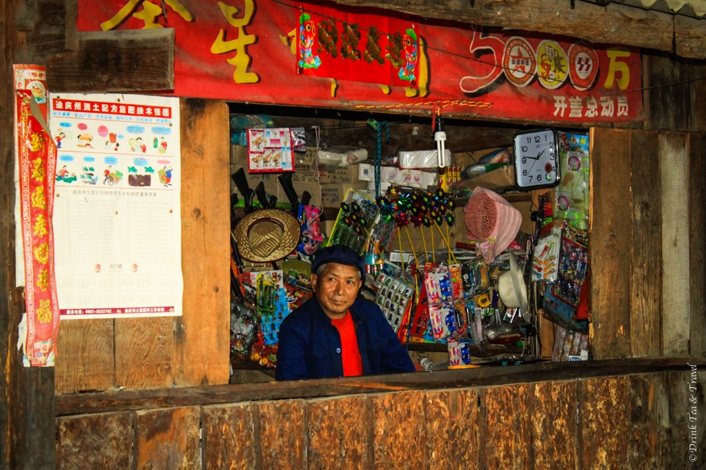 Shop owner awaits its customers. Along the Tiger Leaping Gorge hike