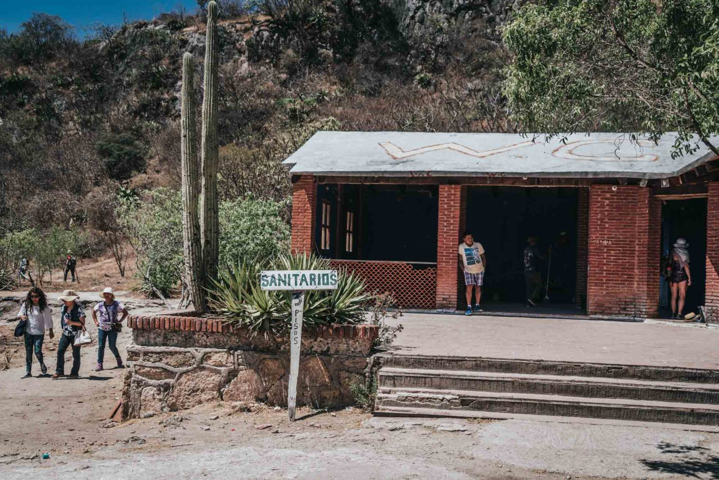 Bathroom and changing room at Hierva el Agua