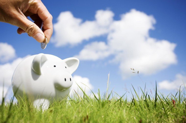 Money matters. Money saving tips. Save for Travel
