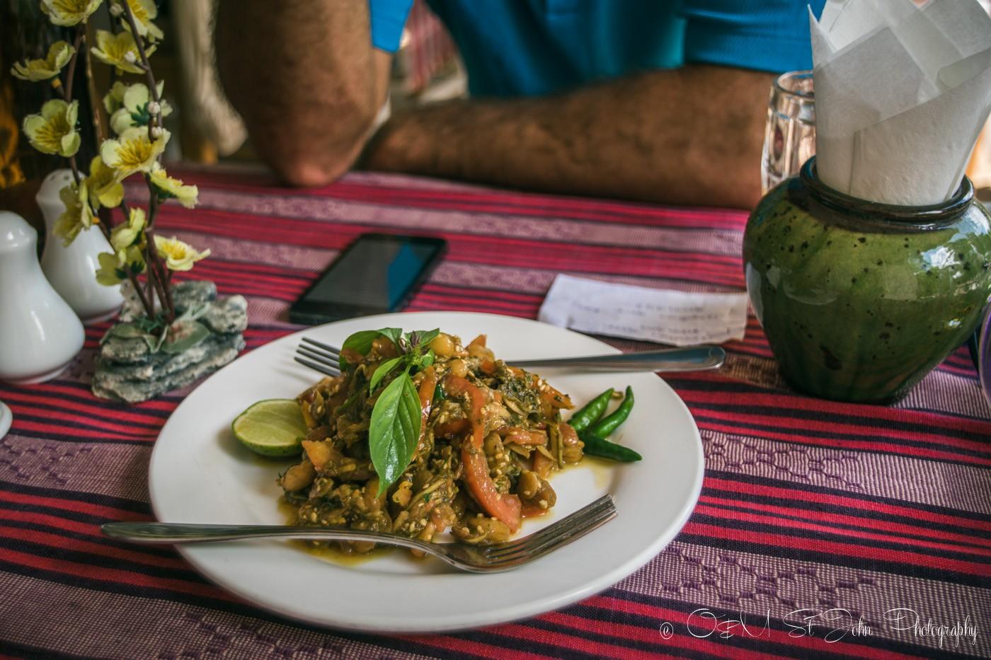 3 days in Yangon: Tea leaf salad, a Burmese specialty. Myanmar