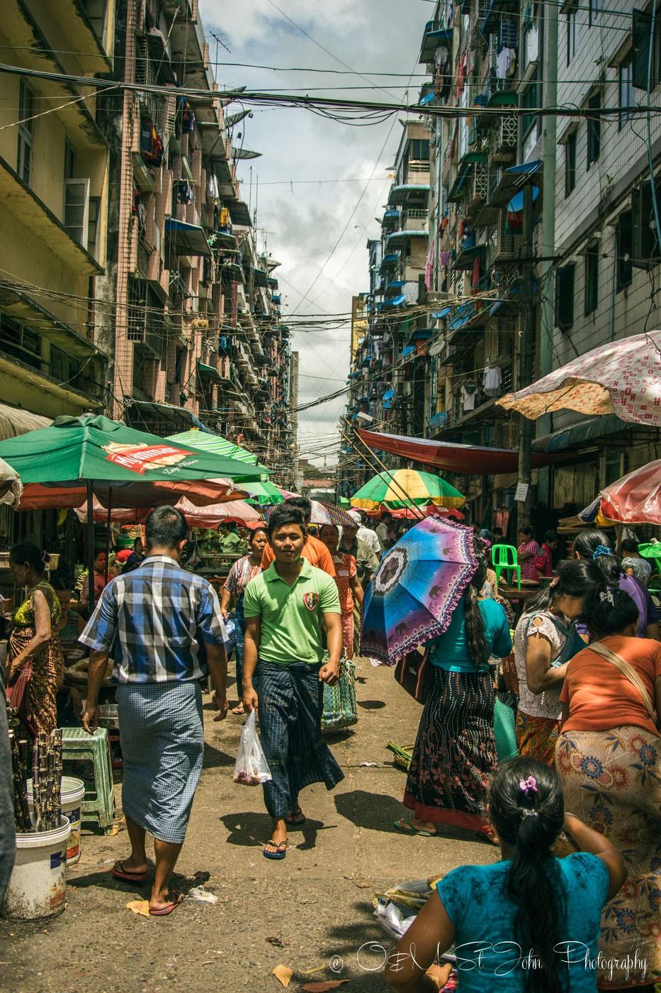 3 days in Yangon: Street market, Yangon, Myanmar