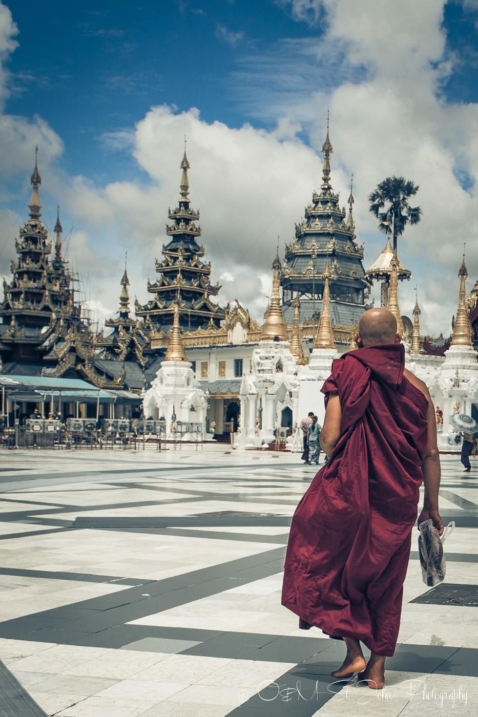 3 days in Yangon: Monk at the Shwedagon Pagoda. Yangon. Myanmar