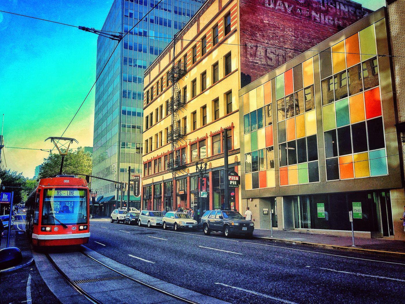 Things to do in Portland Oregon: N-S Line in Porrtland downtown