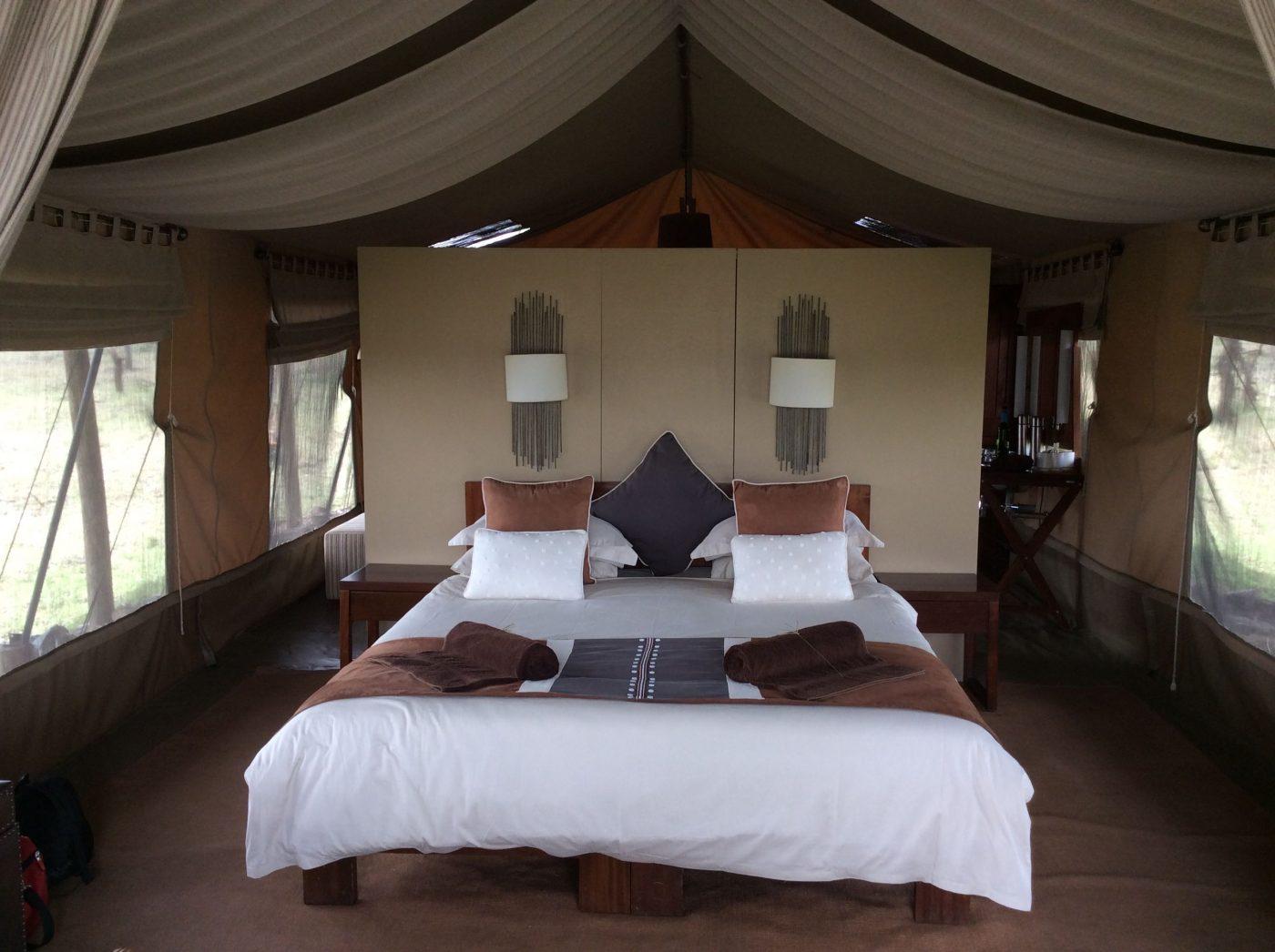 Safari Lodges in Kenya: Naboisho Camp bedroom
