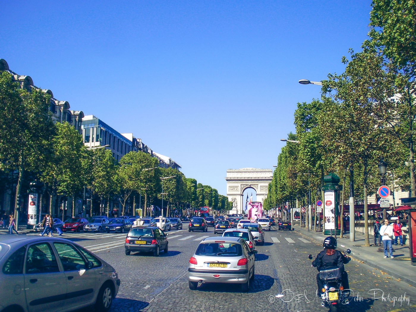 Champs Elyse, Paris. France. Europe