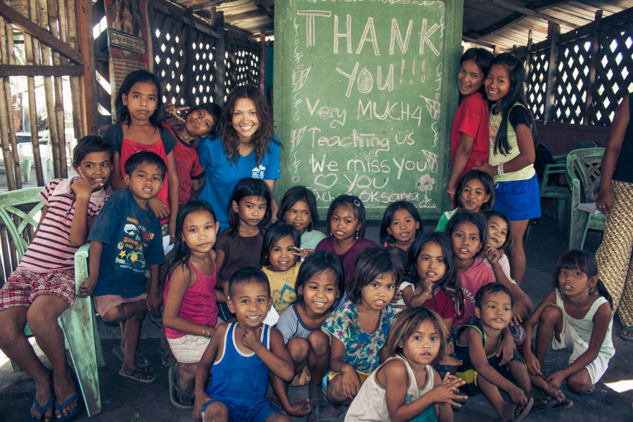 Off the Beaten Path in Philippines: Falling in Love With Teaching at a Dump Site near Cebu