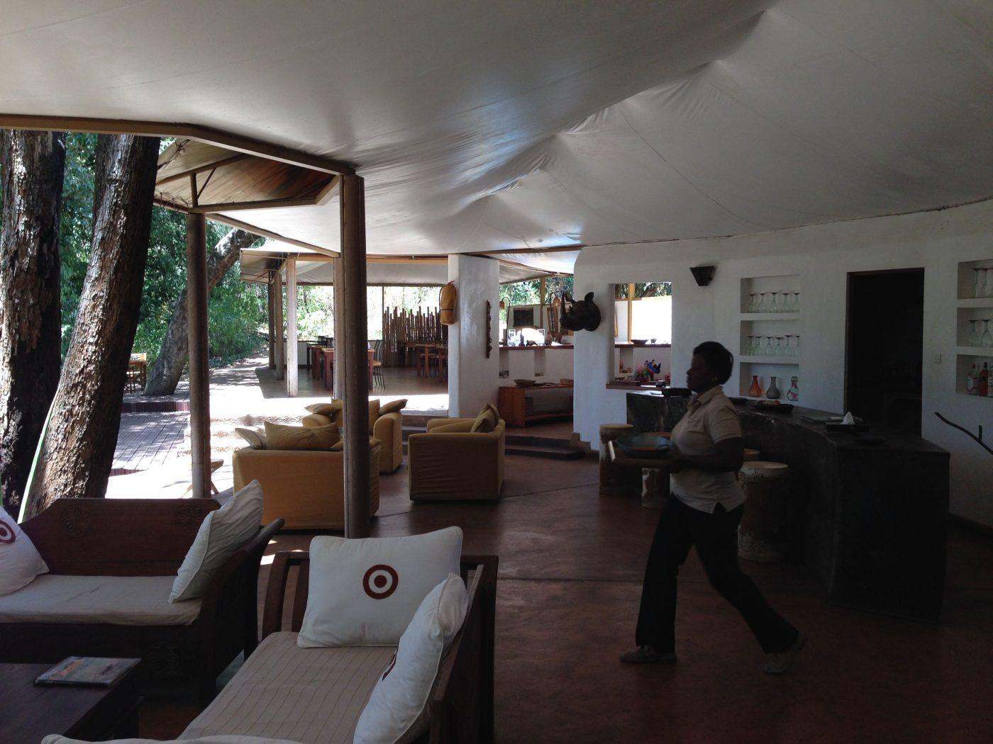 Safari Lodges in Kenya: Rhino River Camp common area