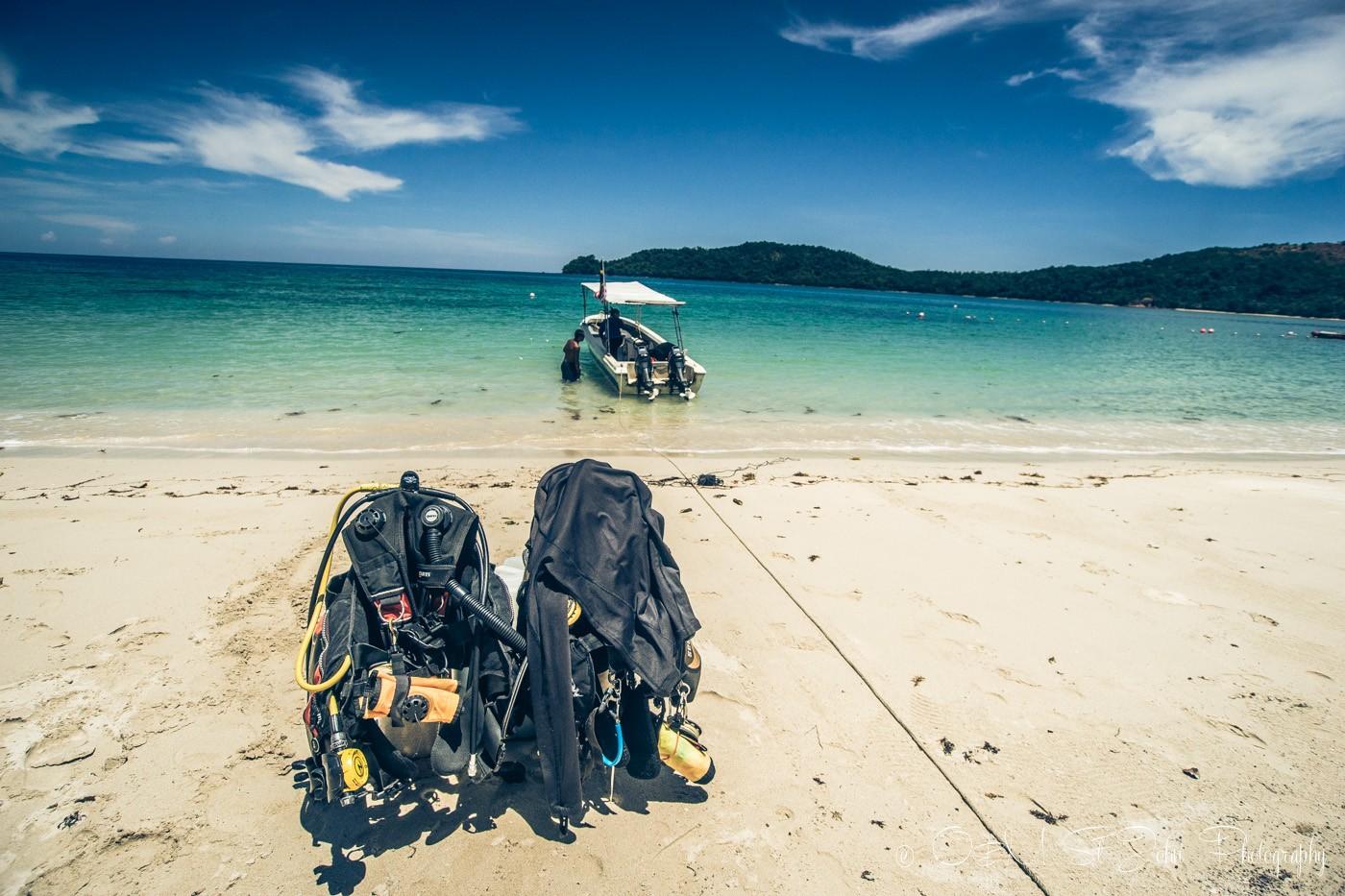 Diving at Bigfin Divers in Mañana Borneo Resort. Sabah. Malaysia